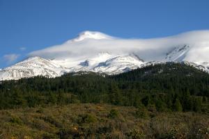 Cascades, Mt. Shasta - May2007 018 copy (Custom)