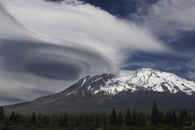 Cascades, Mt Shasta - May2015 047 (Custom)