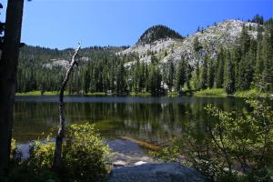 Trinity Alps, Boulder Lakes - June2009 011a_edited-1 (Custom)