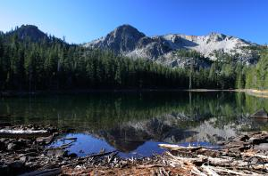 Everett Lake in the Thousand Lakes Wilderness